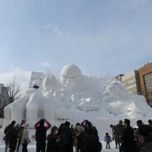 進撃の巨人雪像