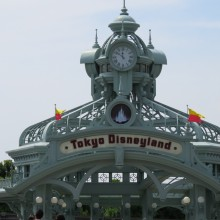 東京ディズニーランドの時計台